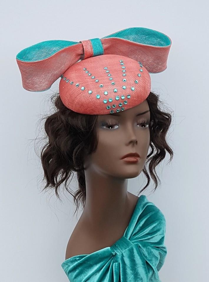 Button cocktail headpiece
