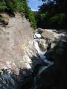 3.  Împrejurimi - Cascada Putnei