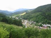 4. Coza, Tulnici, Vrancea - casa noastră undeva în vale :)