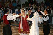 Free folk dance lessons / Δωρεάν μαθήματα παραδοσιακού χορού