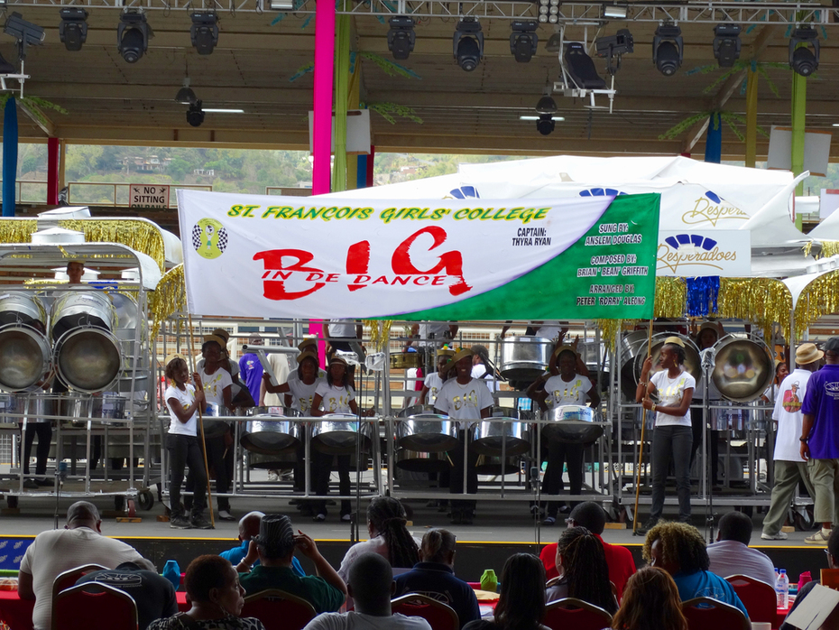 ST FRANCOIS GIRLS COLLAGE ON STAGE 2014