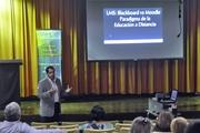 Conferencia Educación a Distancia: Plataformas, Poder y Efectividad