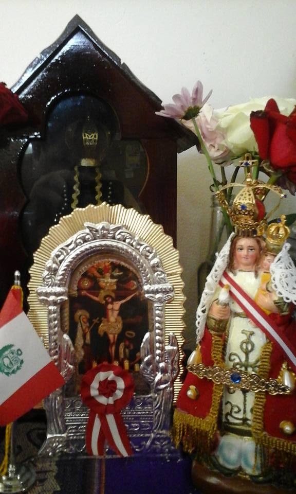 Señor de los Milagros y la Virgen de Chapi Peru