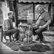 Street chess