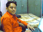 नए लैपटॉप के साथ फोटो खिंचवाने की ललक ...:) (2007)