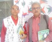 वरिष्ठ गीतकार श्री धनन्जय सिंहजी के साथ
