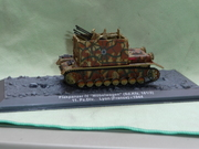 ALBUM 47 - Military Vehicles Models Club Collections 16
