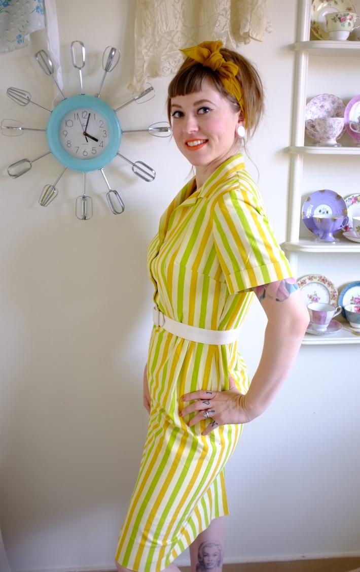 1965 Simplicity 5877 Dress