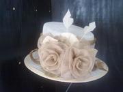 Sinamay Cream/Gold Roses