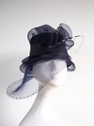 crin hat des02