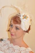 bridal_headwear_frieda_white_fascinator_lrg