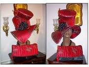 COLLAGE RED BLACK HAT PURSE