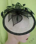 FB101-Pearl-grey-8in-saucer-edged-in-black-with-black-leaves-on-headband-or-comb
