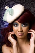 White mini beret with mint bow