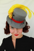 Vintage-Style Grey Felt Tilt Topper Hat with Chenille Veil & Yellow Feathers