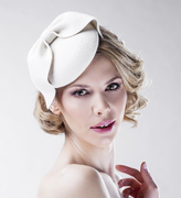 white_felt_bridal_headpiece_bow