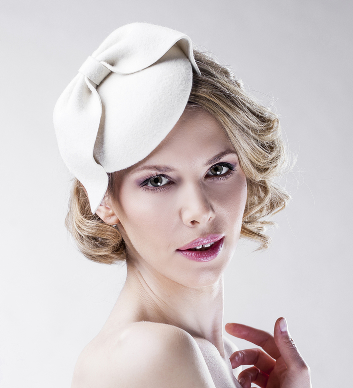 white_felt_bridal_headpiece_bow
