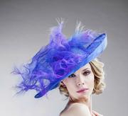 oversized_blue_straw _hats