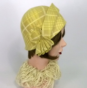 1920s style cloche in patterned vintage fur felt