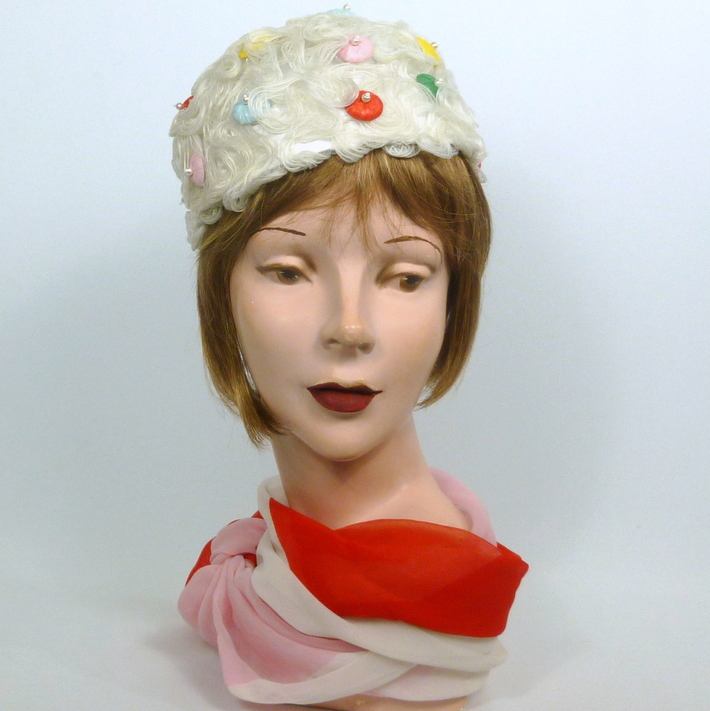 White Woven Horsehair Crin Pillbox Hat