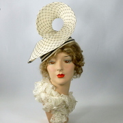 White Straw Swirl Hat