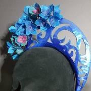 metallic blue cut crown spring racing