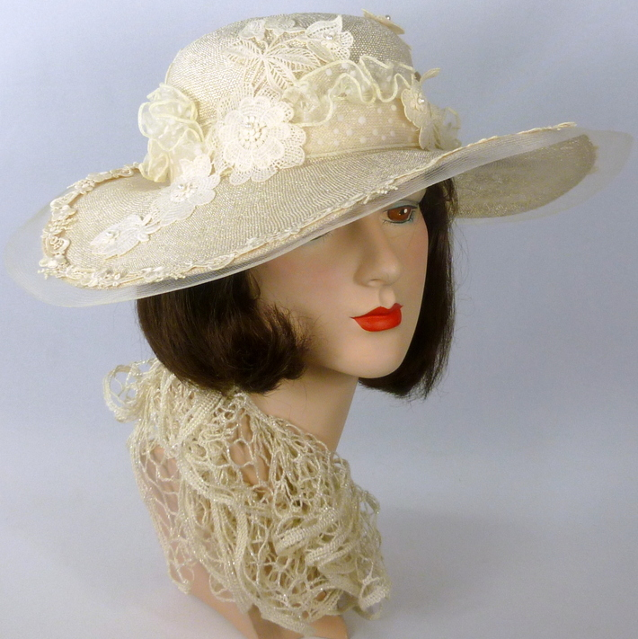 WhiteStraw Wide Brim Hat -1910 or 1920s Downton Abbey Style