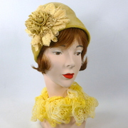 Vintage Fur Felt - Short Cloche Hat - Shades of mustard yellow