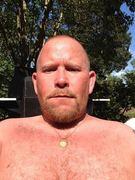 Dippin some Skoal Mint gettin some sun
