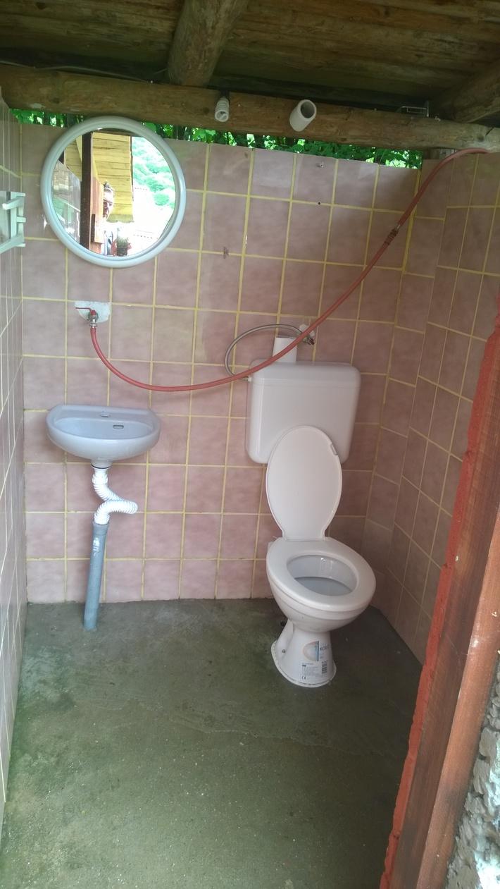 CAMP IVONA wc