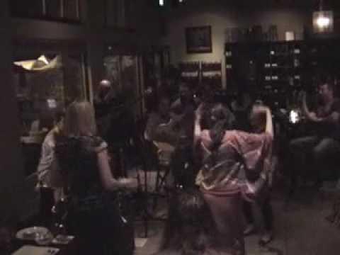 Cascada- live at the vine