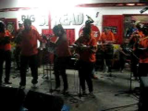 Trinidad Parang:-los Canarios 'live'!!1st gig 2009 ft. Paponette singing 'Gabriel'