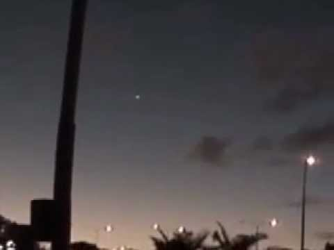 UFOs Over Australia Video Compilation - December 4, 2011