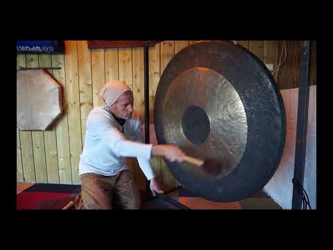 Unguided Gong  meditation to awaken the Kundalini and heal the ten bodies