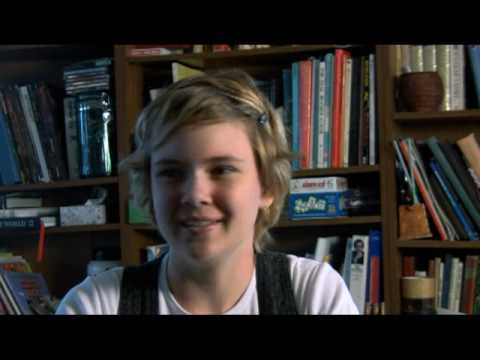 Unschooled Teenager Holly Dodd