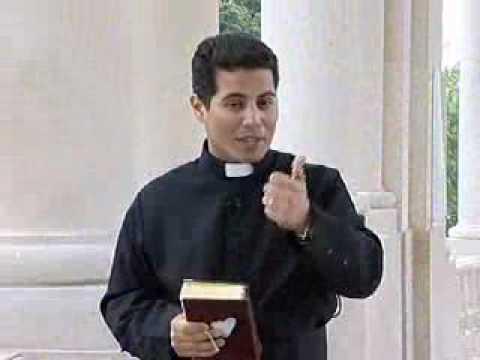 https://www.youtube.com/watch?v=uVbG-hlp3DQ   cancaonova com   Santo do Dia!