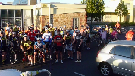 Just how many people can you fit on a GAWLER WHEELER Ride ?  This Many !