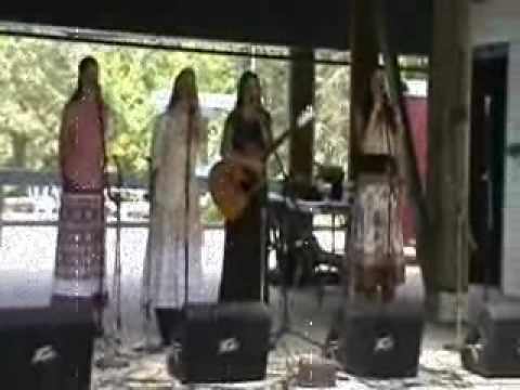 The West Girls : Barbara Allen - Lyrics : Mountaineer Folk Festival
