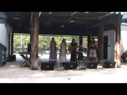 The West Girls : Will the Circle Be Unbroken : Mountaineer Folk Festival