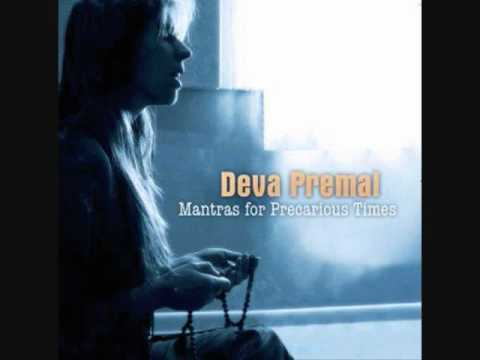 "Deva Premal: ""Om gam ganapataye Namaha"""