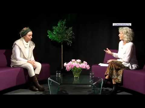 Georgi Y Johnson  'I AM HERE'  Interview by Renate McNay