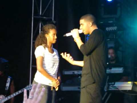 Drake brings girl on stage to kiss then rejects her