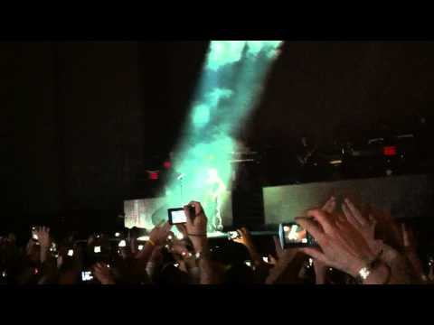 "Jay-Z ""Dynasty Intro"" Live @Comerico Park 9/02/2010"