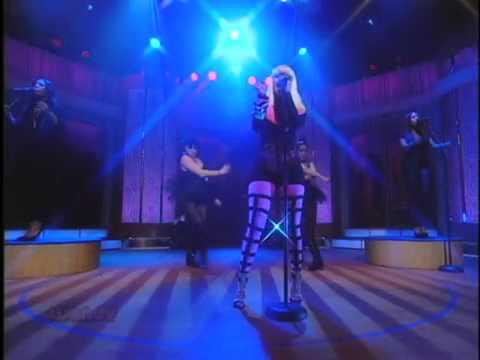 """Nicki Minaj Performs """"Right Thru Me"""" on The Wendy Williams Show"""