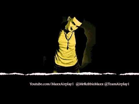 Robbie Maxx Roman's Revenge Remix w/ LYRICS