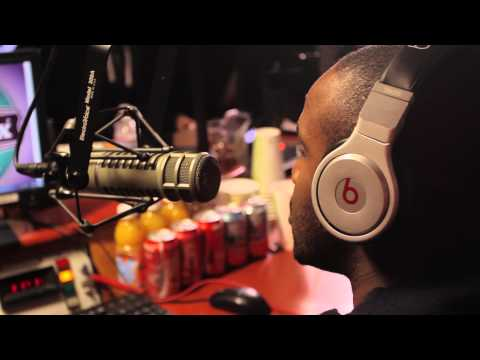 Paparazzi Pone Interview with Dj Kayslay at Shade 45