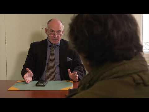 Michel SIDOBRE Proviseur dans COMPLOT de Patrick MILANI