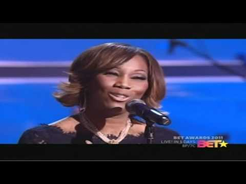 "Yolanda Adams performing ""BE STILL"" (LIVE) on 06/21/11"