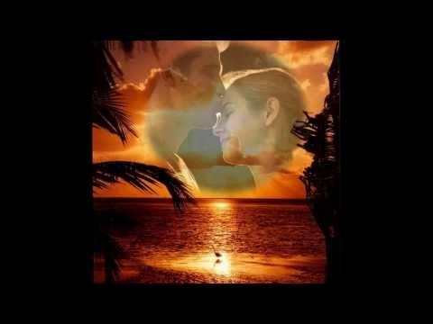 În fiecare clipa te iubesc! - versuri Elena Şerban