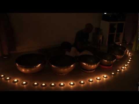 """Concierto de cuencos tibetanos en """"Concepto Zen"""". Bilbao 05/10/2012"""